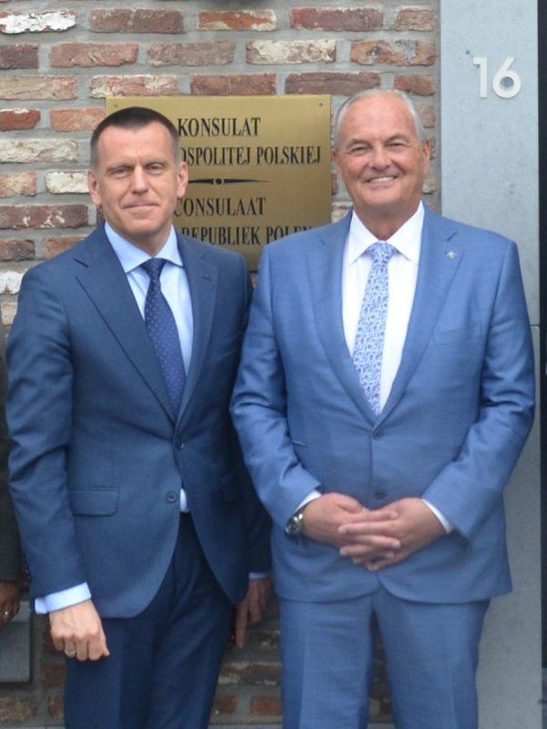 Jean Biesmans (po prawej) - założyciel Tectum Group